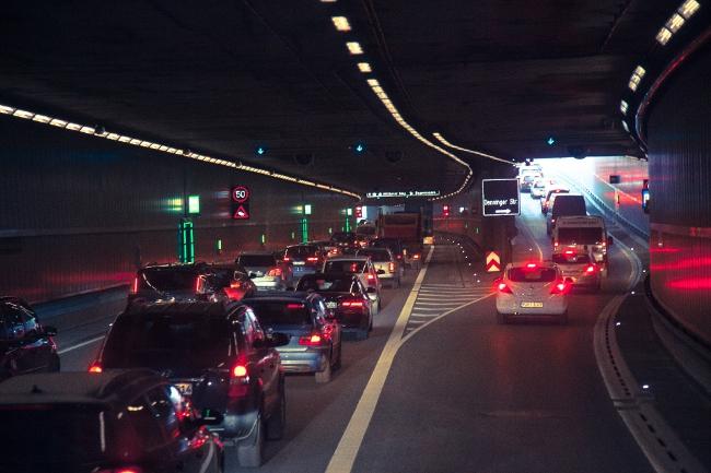 クルマの渋滞風景
