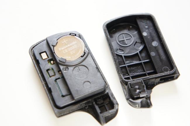 Hondaスマートキーはボタン電池です