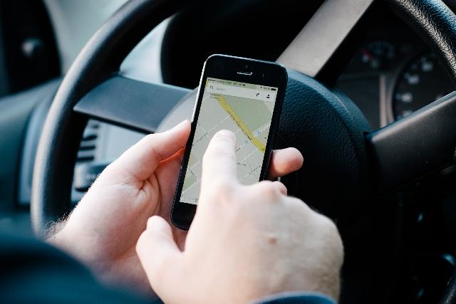 ドライブに役立つスマホアプリ(イメージ)